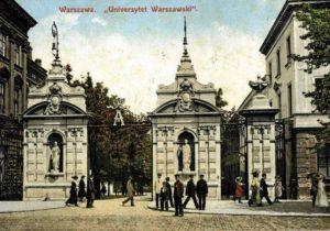 University Gate in 1900
